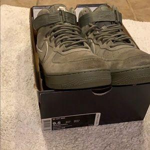 Nike AF1 High '07 lv8 suede Dark stucco